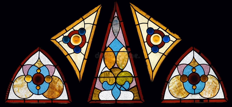 Ventana multi de la iglesia del vidrio manchado de la vendimia del panel foto de archivo
