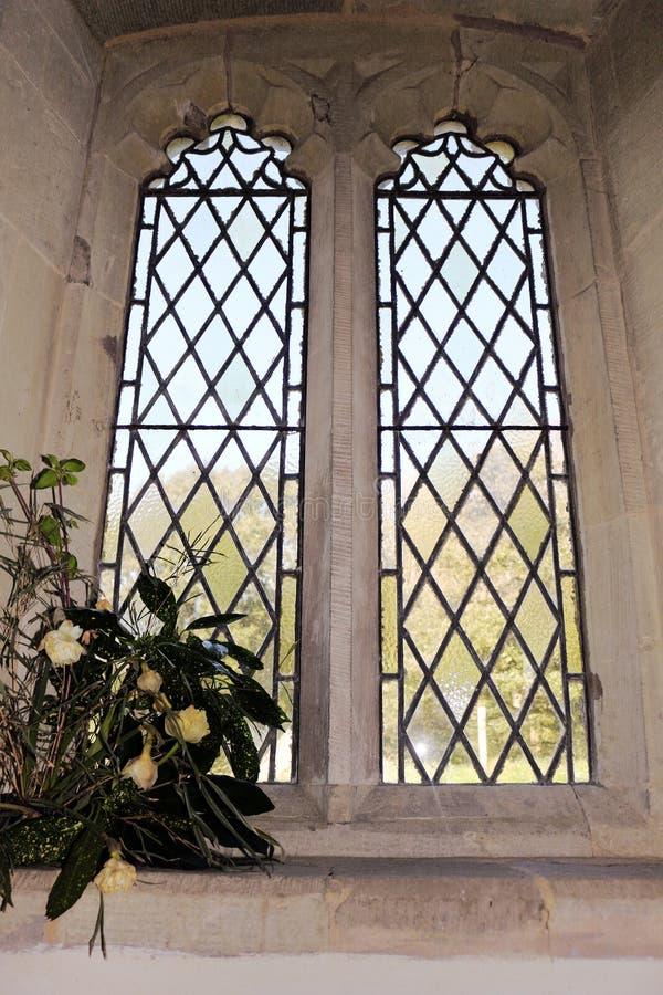 Ventana plomada de la iglesia imagenes de archivo