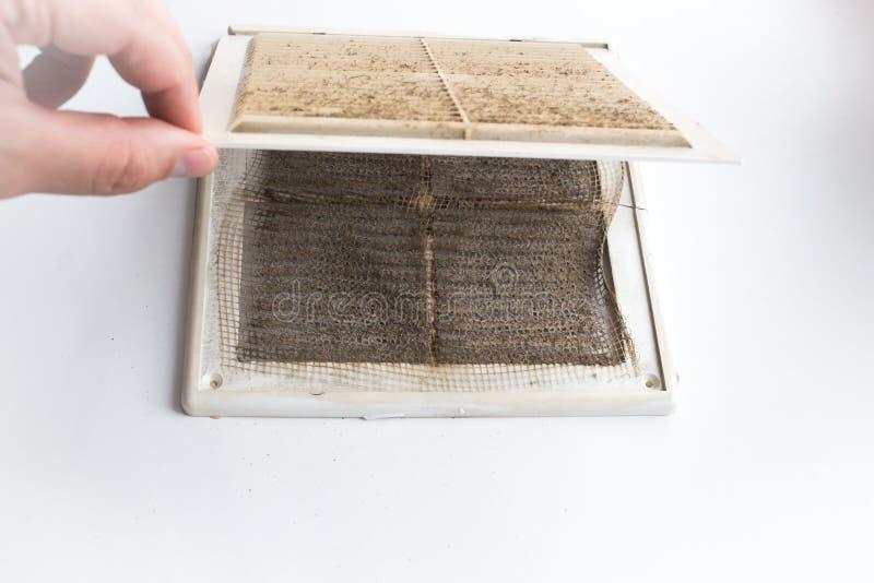 Ventana sucia del respiradero imágenes de archivo libres de regalías