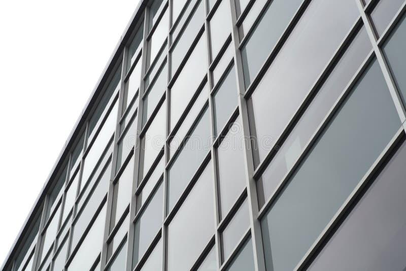 Ventanas de cristal que construyen la fachada comercial de la oficina imagenes de archivo