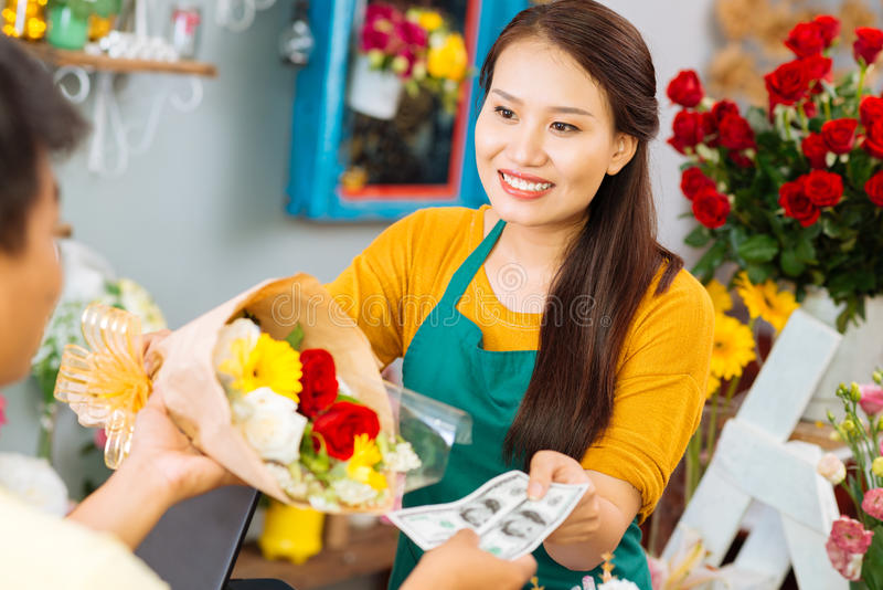 vente de fleurs image stock