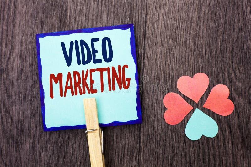 Vente visuelle d'écriture des textes d'écriture Stratégie de Digital de promotion de multimédia de la publicité de media de signi images stock