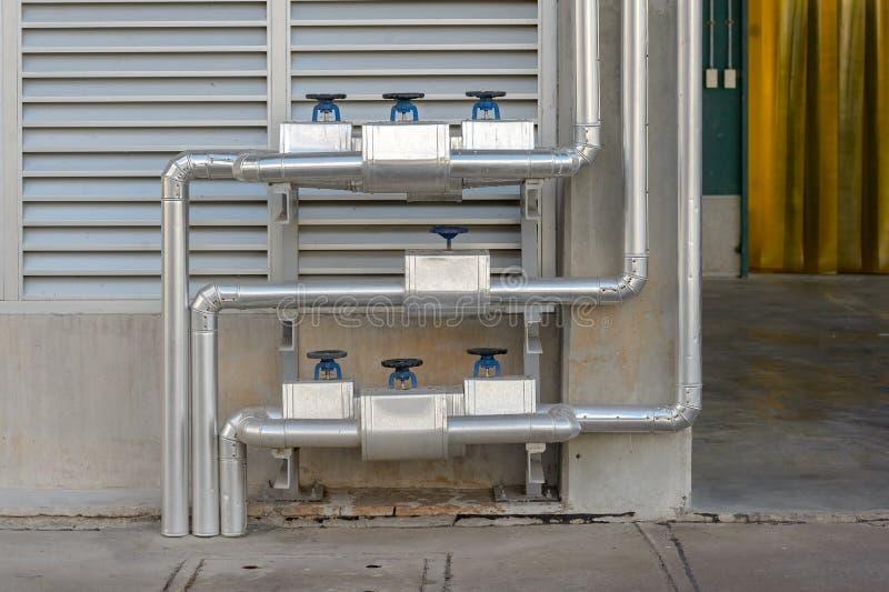 Ventil för pneumatisk kontroll i ett ångauppvärmningsystem arkivfoto