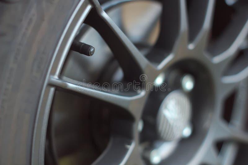 Ventil på hjulet arkivbilder
