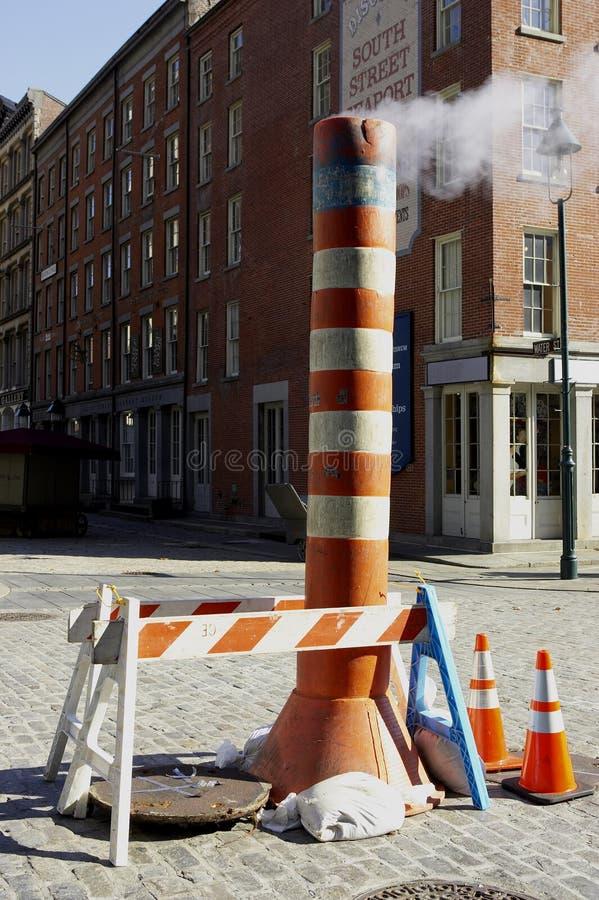 Ventilação do vapor da rua fotografia de stock royalty free