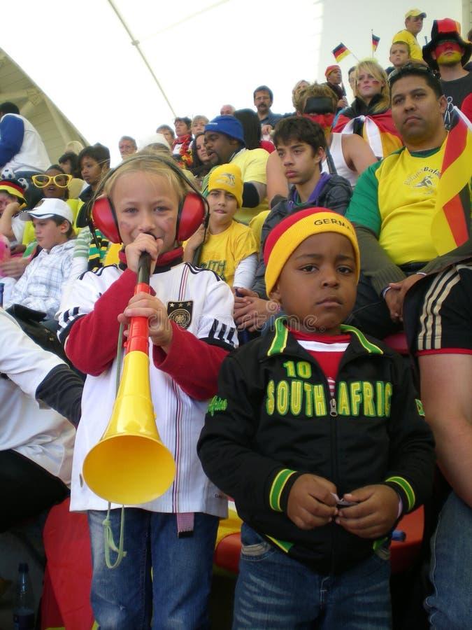 Ventiladores alemanes de la taza de mundo del fútbol imagenes de archivo