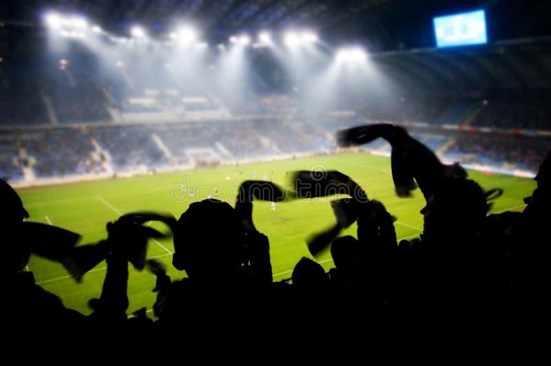 Ventilateurs célébrant le but photographie stock libre de droits