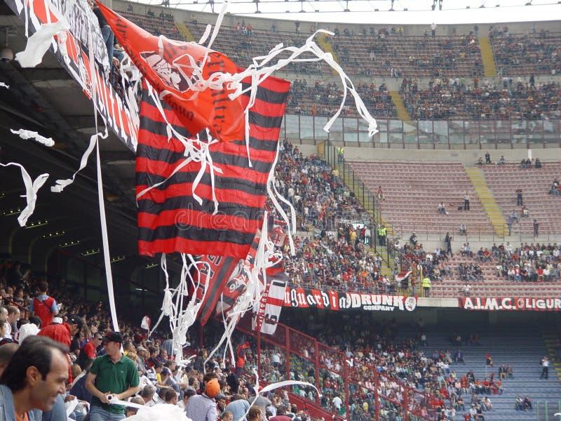 Ventilateurs de football italiens images stock