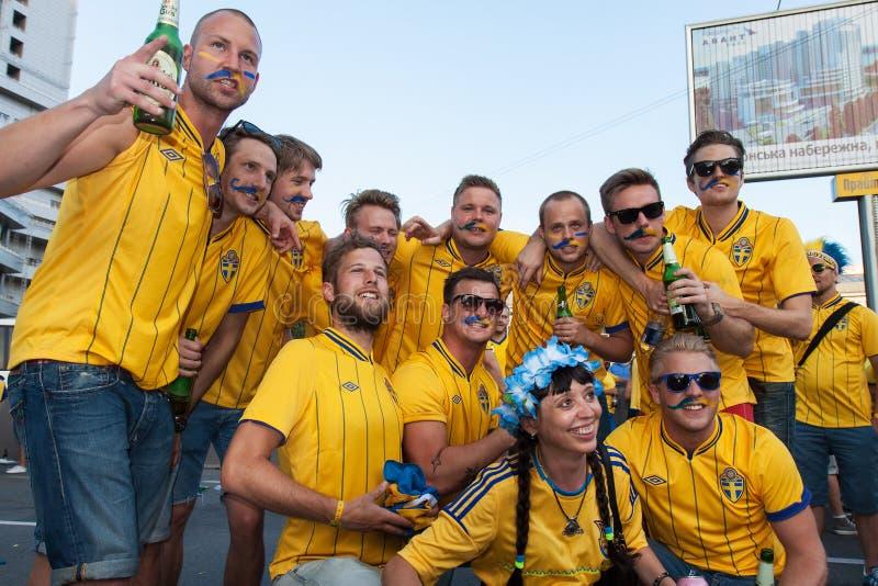 Ventilateurs de l'équipe nationale suédoise image stock