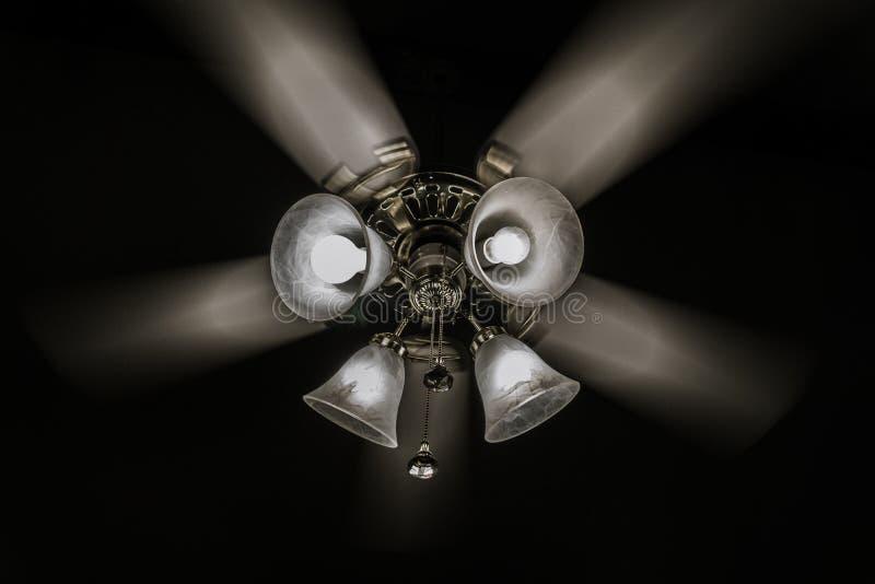 """Ventilatori da soffitto di sorveglianza andare """"giro fotografia stock libera da diritti"""