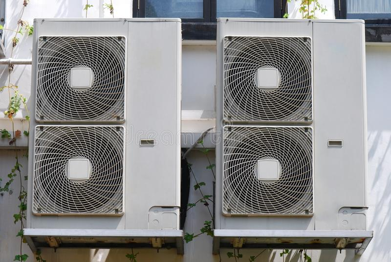 Ventilatorkonvektor-Einheiten lizenzfreie stockfotografie