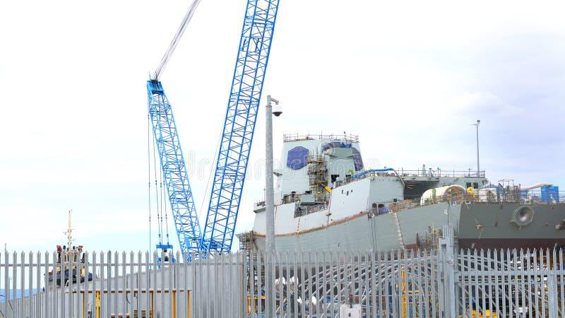 Ventili la costruzione al CSA, il porto Adelaide South Australia del distruttore del warcraft immagini stock libere da diritti