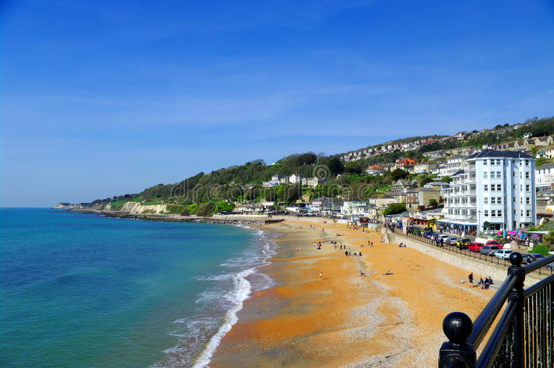 Download Ventnor пляжа стоковое изображение. изображение насчитывающей wight - 18393491