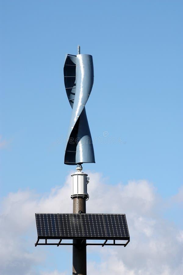 Vento ed energia solare immagine stock