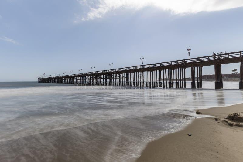 Ventura Beach und Pier in Süd-Kalifornien lizenzfreie stockfotografie