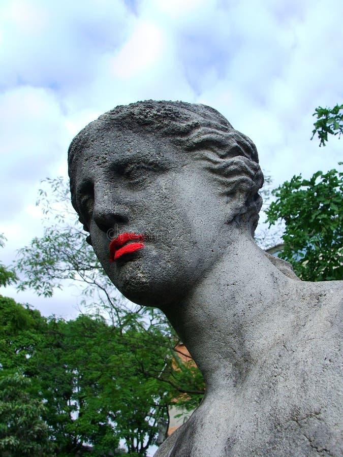 Venus de Milo con el lápiz labial rojo fotos de archivo