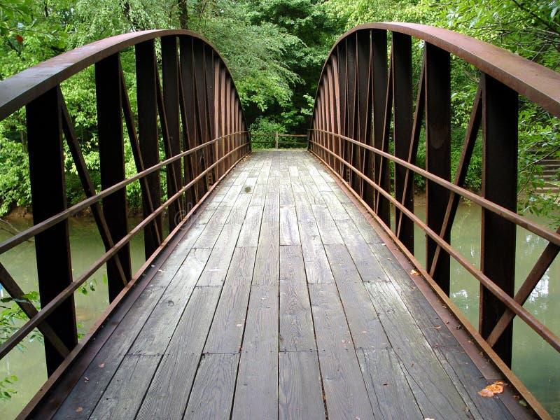 Verão da ponte do ferro fotos de stock