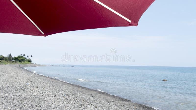 verão, dia azul, cesta do ` s do capitão, mar que joga a água, esse ` s Ki foto de stock royalty free