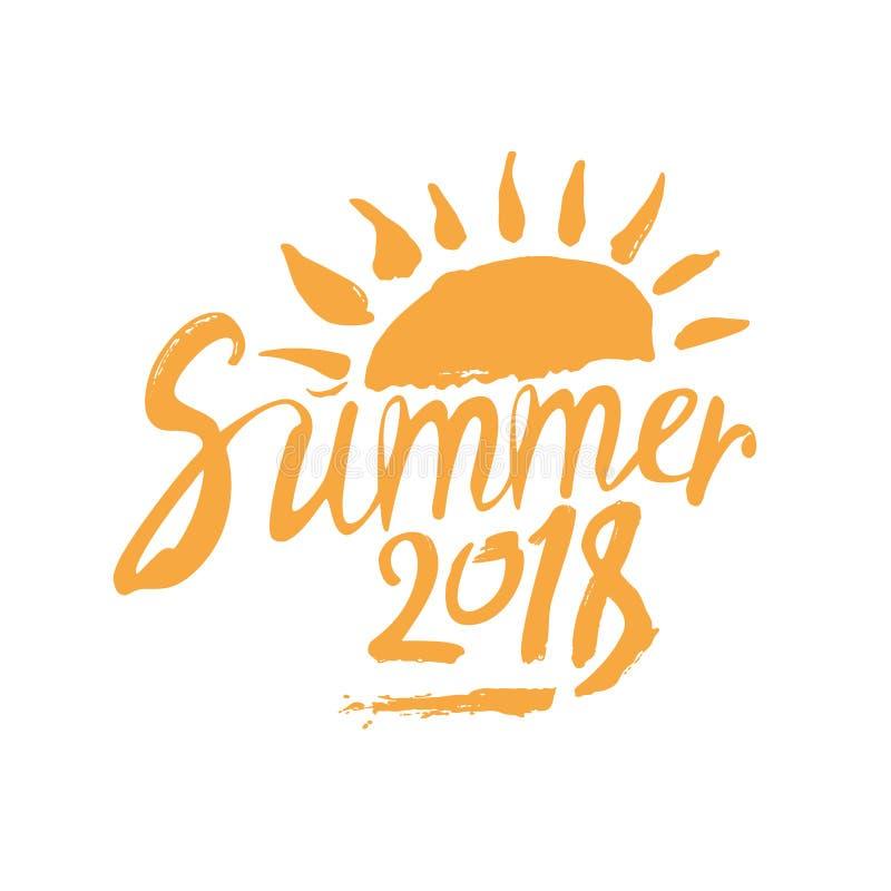 verão 2018 Inscrição e sol tirados mão ilustração royalty free