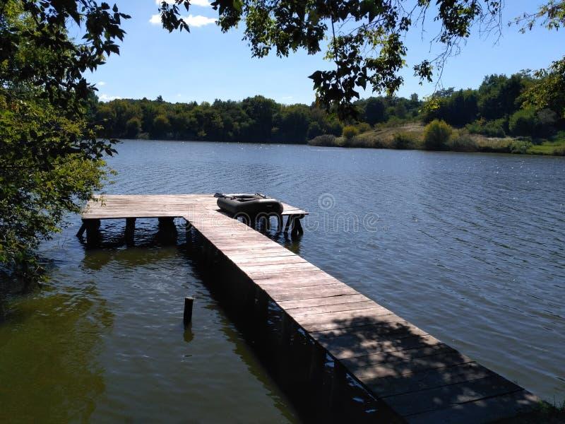 verão no rio bonito de Ucrânia imagens de stock royalty free