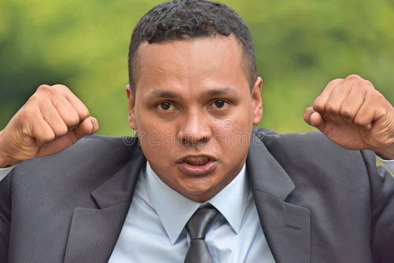 Verärgerter erwachsener Unternehmensleiter-tragender Anzug stockbild
