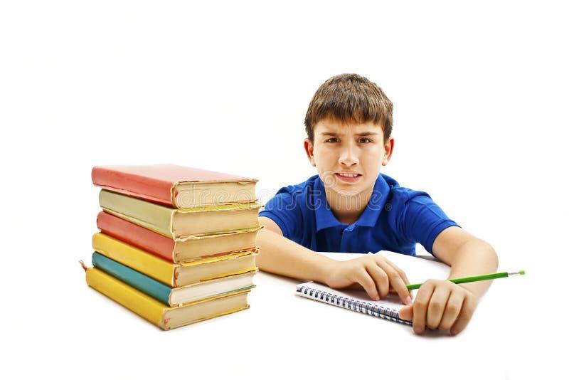 Verärgerter Schüler mit den Lernschwierigkeiten, oben schauend lizenzfreies stockfoto