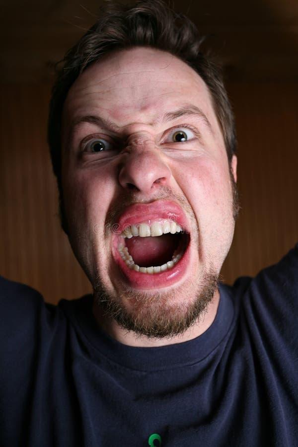 Verärgerter, verrückter Mann lizenzfreie stockfotografie