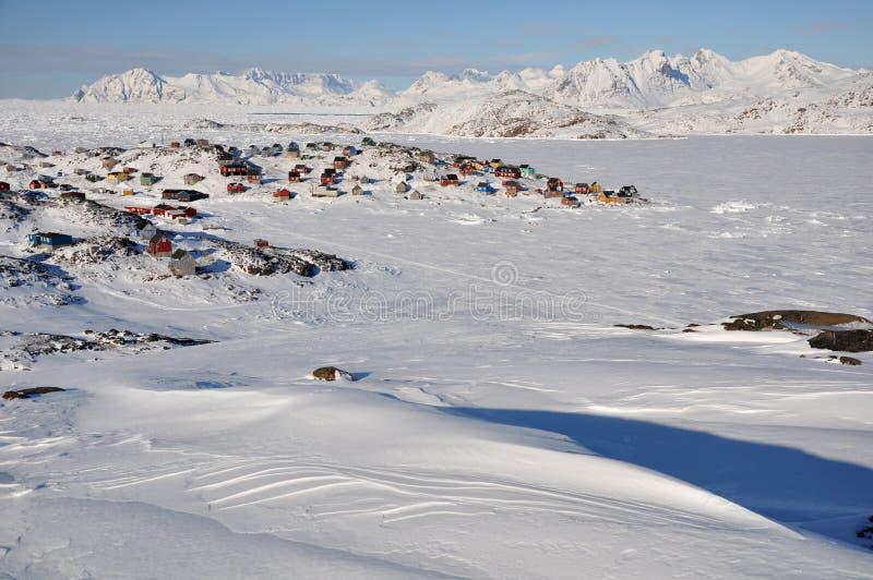 Ver dorp in de winter, Groenland royalty-vrije stock foto's