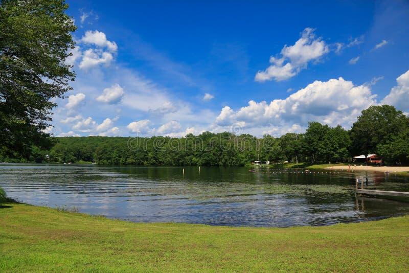 Verano de Amos Lake Preston Connecticut foto de archivo