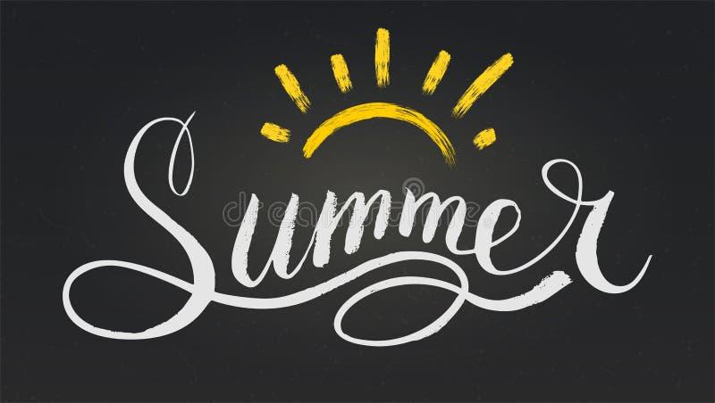 Verano de la palabra en el estilo de la caligrafía o del garabato Ejemplo del vector con el texto y el sol exhaustos de la mano e libre illustration
