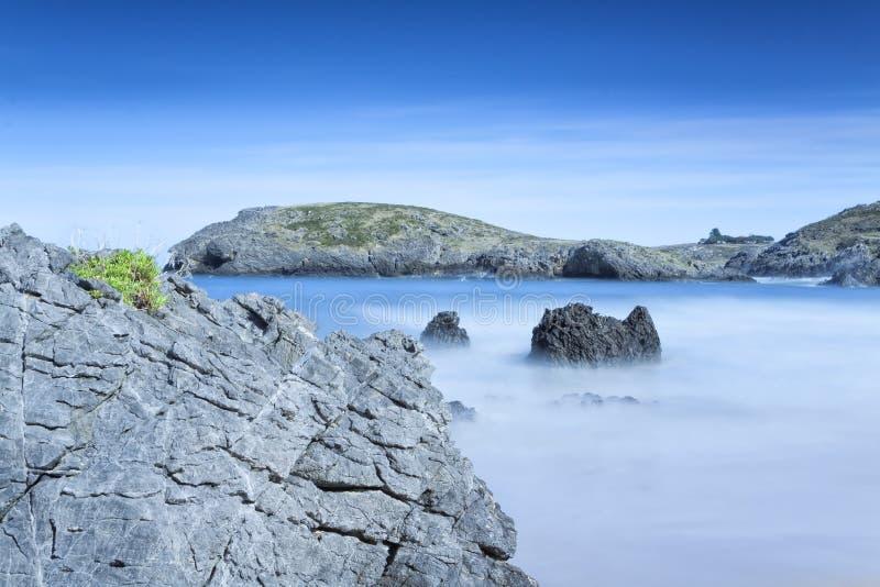 Verano en la costa imagenes de archivo