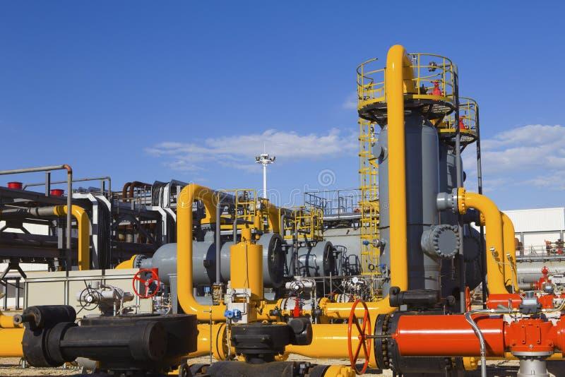 Verarbeitungsanlage des Öls und des Gases lizenzfreies stockbild