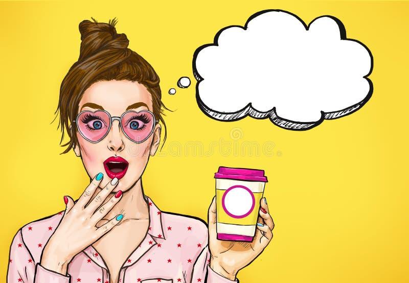 Verbaasde Pop-artvrouw met koffiekop De adverterende affiche of partijuitnodiging met sexy meisje met wauw ziet onder ogen vector illustratie