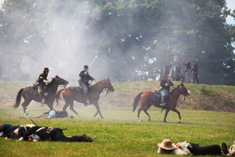 Verbands-Bürgerkriegsoldaten auf Pferden lizenzfreies stockfoto