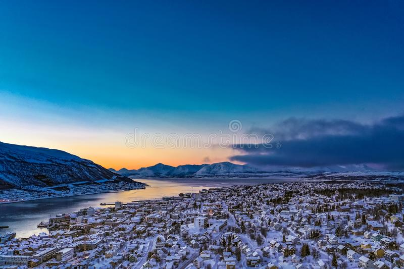 Verbazend satellietbeeld van Tromso Noorwegen stock afbeeldingen