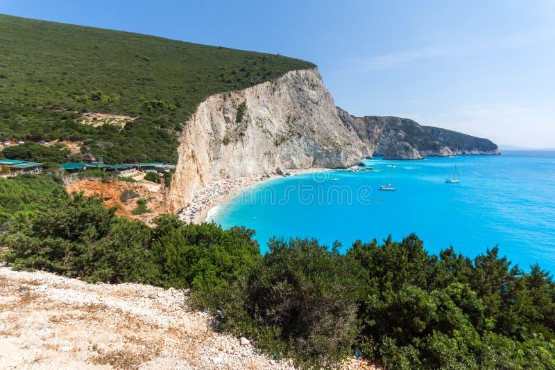 Verbazend zeegezicht van blauwe wateren van Porto Katsiki Strand, Lefkada, Griekenland royalty-vrije stock foto's