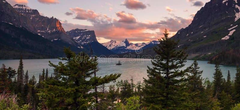 Verbazende bergen in het Nationale Park van Grand Teton royalty-vrije stock afbeelding