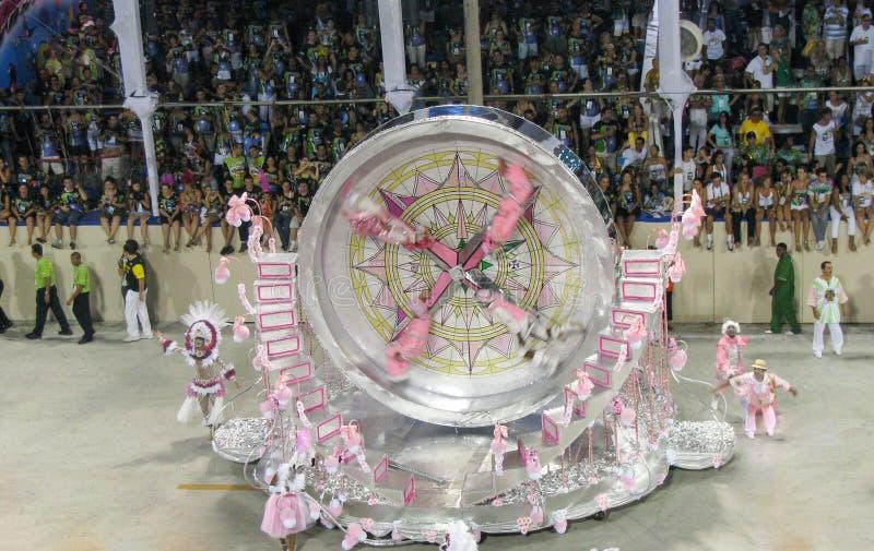 Verbazende extravagantie tijdens jaarlijks Carnaval in Rio de Janeiro royalty-vrije stock foto's