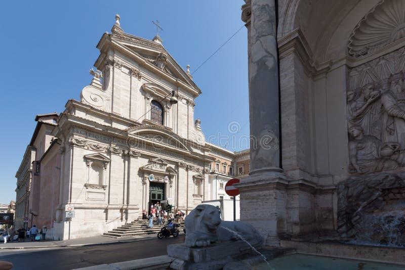 Verbazende mening van Chiesa-Di Santa Maria della Vittoria in Rome, Italië stock afbeelding