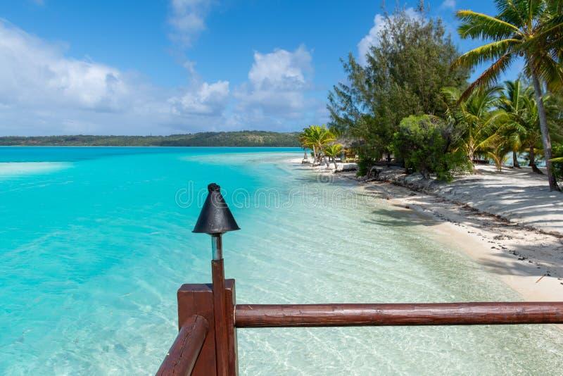 Verbazende mening van de toevlucht aan de blauwe lagune, Aitutaki, Cook Islands royalty-vrije stock foto