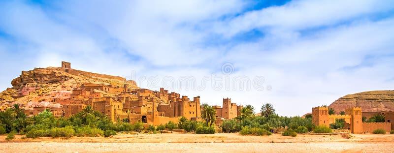 Verbazende mening van Kasbah Ait Ben Haddou dichtbij Ouarzazate in Atl stock foto