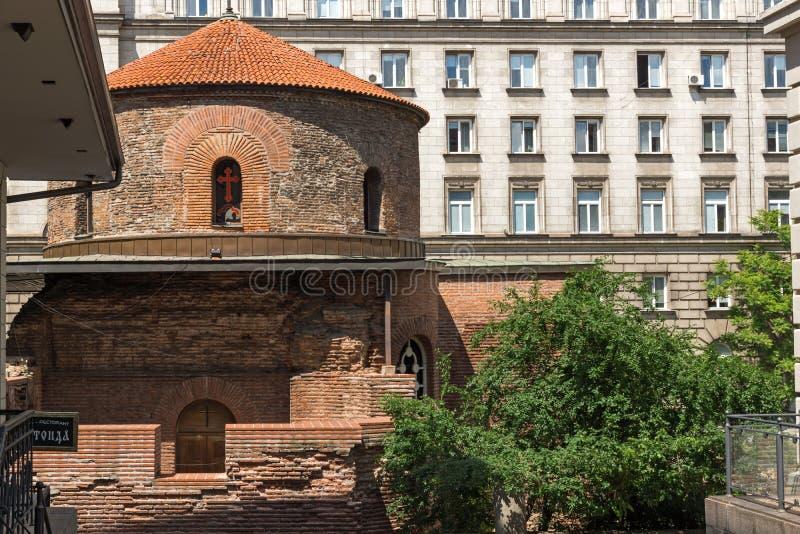 Verbazende mening van Kerk St George Rotunda binnen in Sofia, Bulgarije royalty-vrije stock fotografie