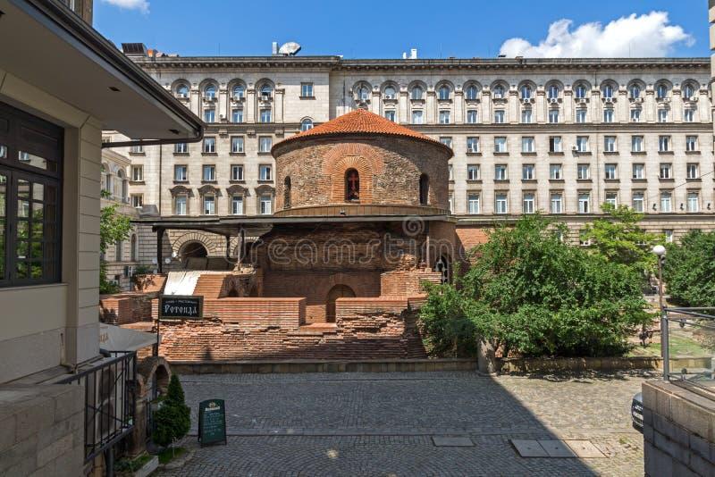 Verbazende mening van Kerk St George Rotunda binnen in Sofia, Bulgarije stock foto