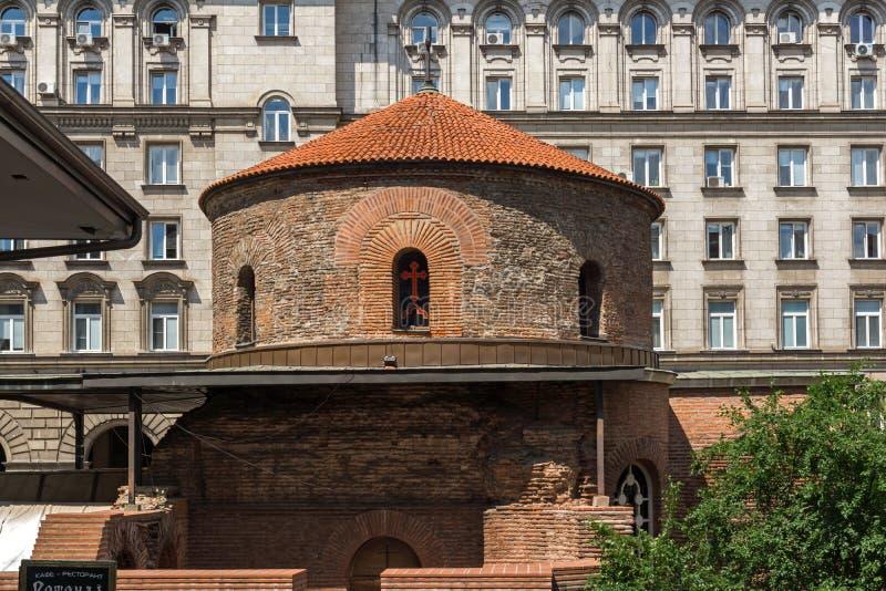 Verbazende mening van Kerk St George Rotunda binnen in Sofia, Bulgarije stock afbeelding