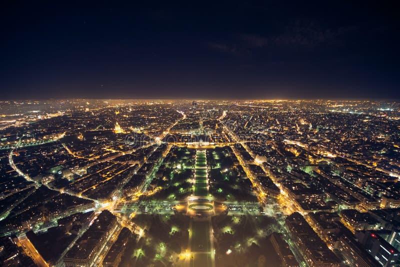 Verbazende nachtmening van de Franse toren van Eiffel; mooie horizon o stock afbeelding