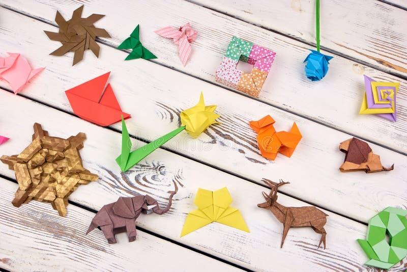 Verbazende origamiambachten stock fotografie