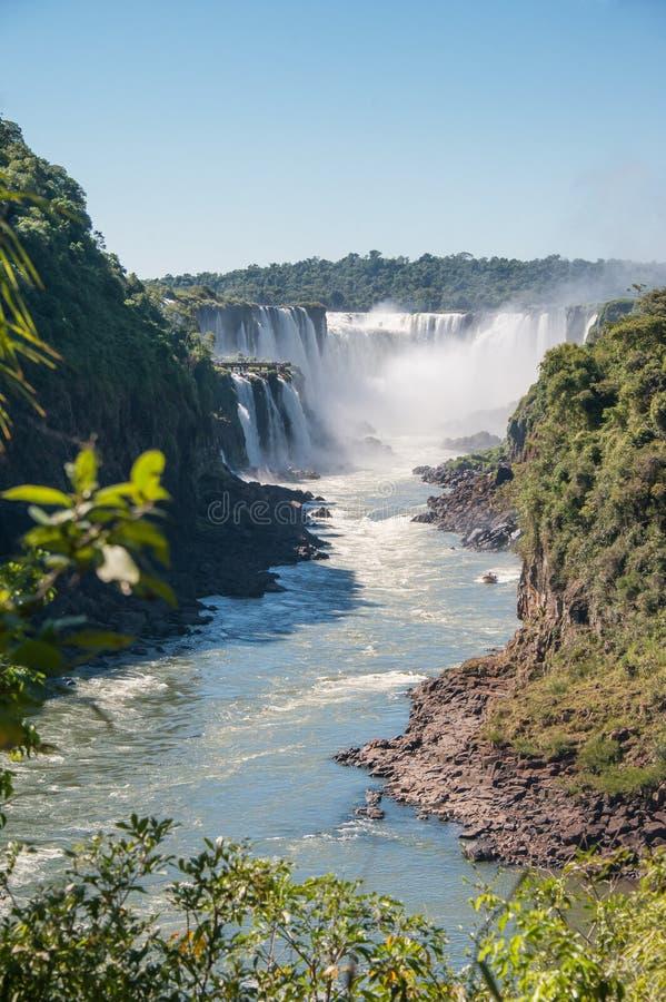 Verbazende waterval Iguassu royalty-vrije stock afbeeldingen