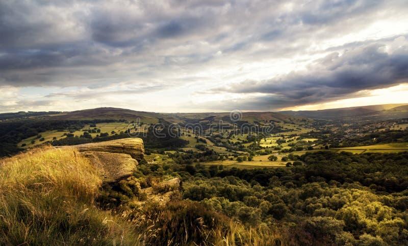 Verbazende zonsondergang, Piekdistricts Nationaal Park, Derbyshire, Engeland, het Verenigd Koninkrijk, Europa royalty-vrije stock afbeeldingen