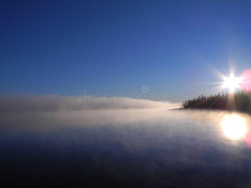 Verblindende zonsopgang royalty-vrije stock fotografie