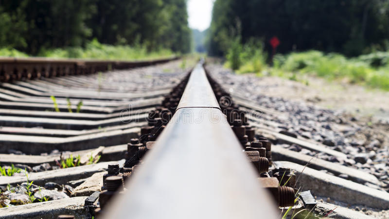 Verbogene Bahnstrecken, alte Eisenbahn lizenzfreie stockfotografie